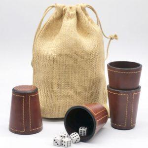 juego de 4 cachos en bolsa arpillera
