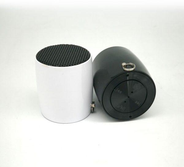 paralante mini speaker blanco y negro