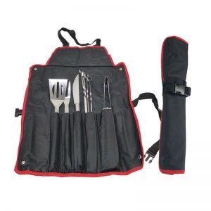 pechera para asado con utensilios