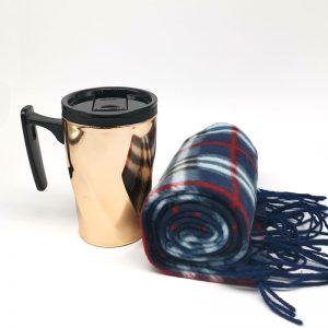 mug de cobre + bufanda escocesa