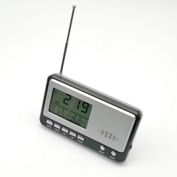 radio reloj portátil